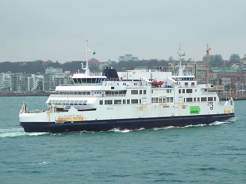 Electric Ferry with Robert Llewellyn