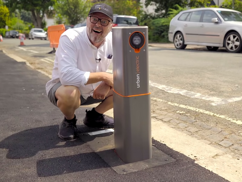 Robert Llewellyn - Urban Electric pop-up chargers