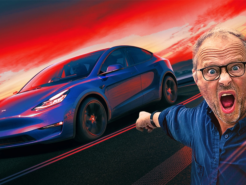 Tesla Model Y - Robert Llewellyn Fully Charged