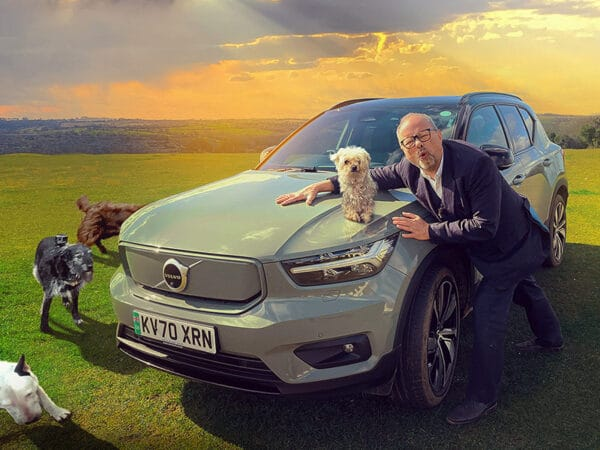 Volvo XC40 First Drive – Old Dog, New Tricks? Or Best of Breed? Robert Llewellyn Fully Charged