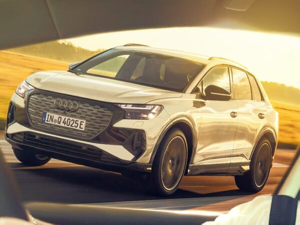 AUDI QAudi Q4 e-tron first drive – the electric Audi we wanted all along! - Jack Scarlett Fully Charged