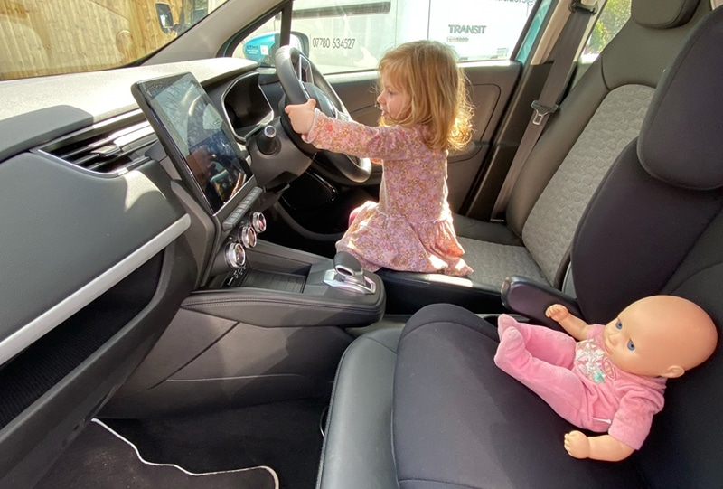 Hetty (my youngest child) loves EVs, especially the Renault Zoe