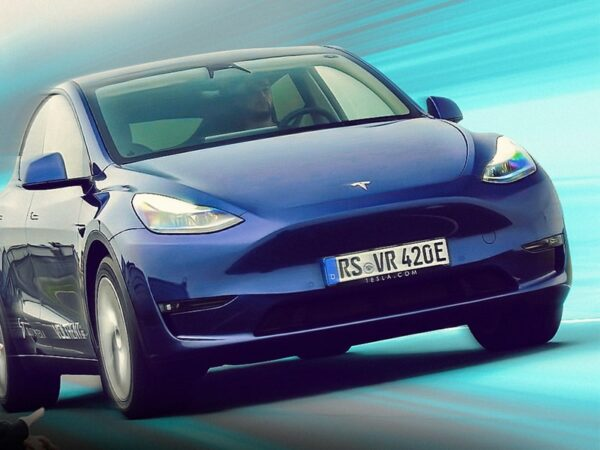 TESLA MODEL Y UK Premiere – is this the NEW best electric car in the world?